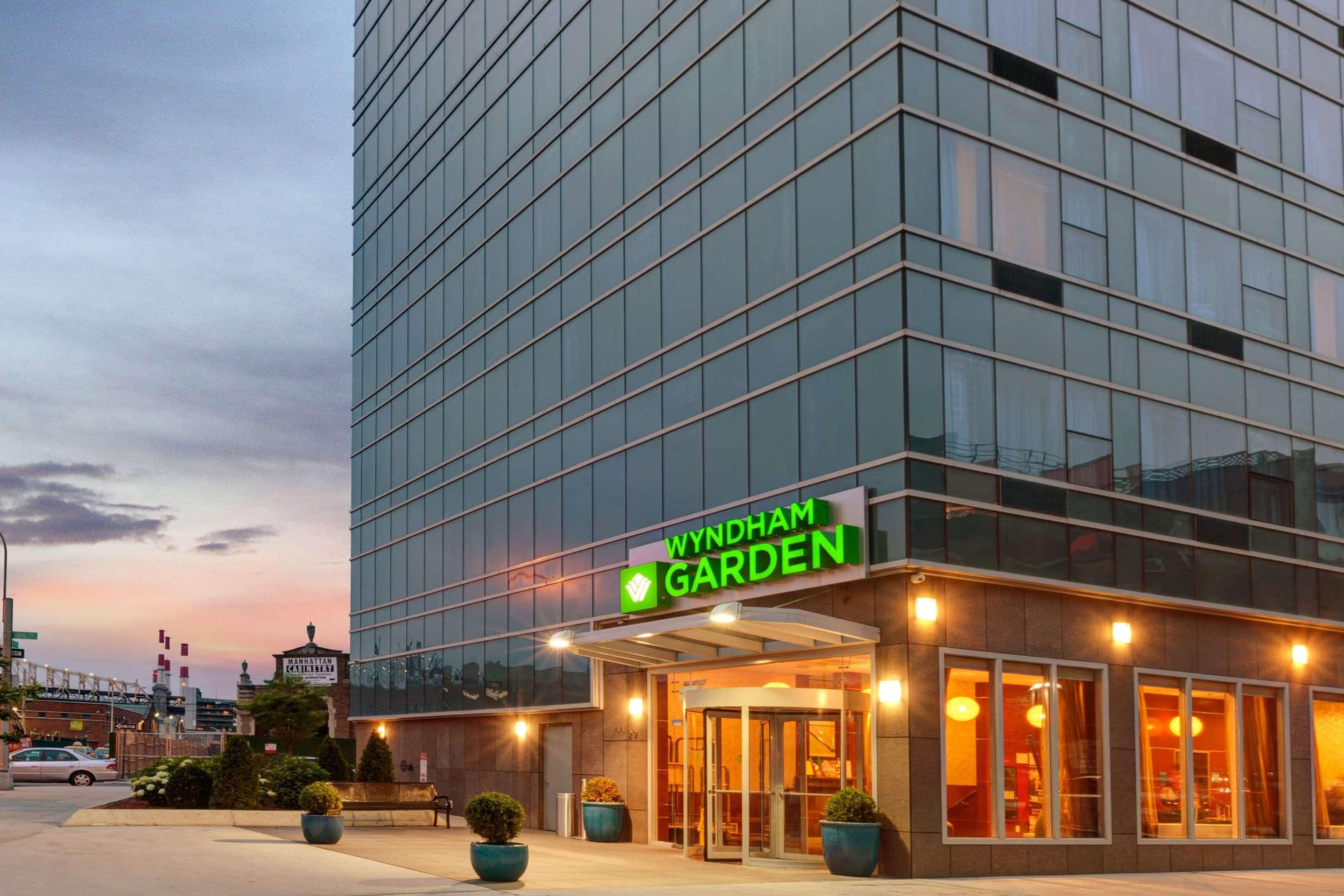 Wyndham Garden Long Island City